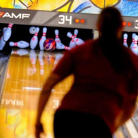 Bowling at Cardinal Lanes Shipyard